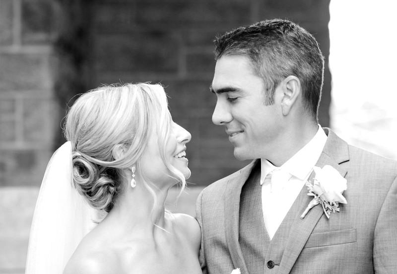 Bride and Groom_17 BW.jpg
