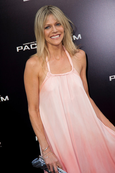 HOLLYWOOD, CA - JULY 09: Actress Kaitlin Olson arrives at the premiere of Warner Bros. Pictures' and Legendary Pictures' 'Pacific Rim' at Dolby Theatre on Tuesday, July 9, 2013 in Hollywood, California. (Photo by Tom Sorensen/Moovieboy Pictures)