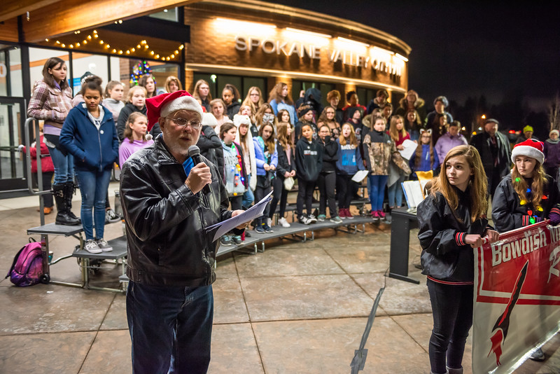 tree lighting lo res-37.jpg