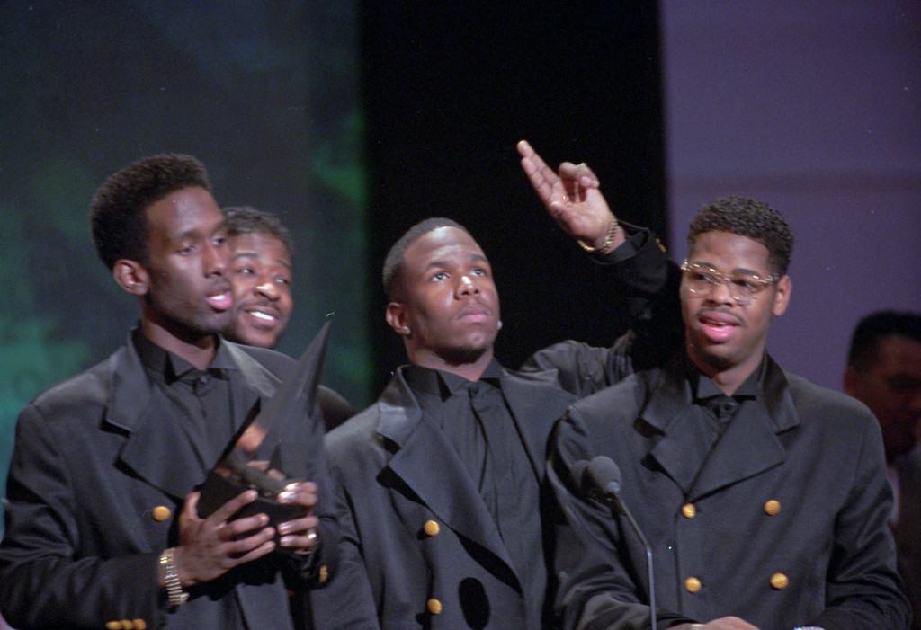 ". Boyz II Men, from left: Shawn Stockman, Michael McCary, Wanya Morris, and Nate Morris, give thanks for one of three awards they received at the American Music Awards Jan. 30, 1995, in Los Angles. The group was named favorite group in the soul R& B category, and their song, ""I\'ll Make Love to You,\' won as favorite pop-rock single and soul R& B single.(AP photo/Reed Saxon)"