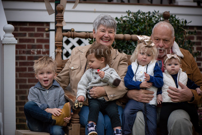 2019 November Ellis Family-257-132.jpg