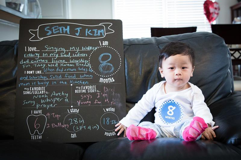 Seth 8 month-3459.jpg