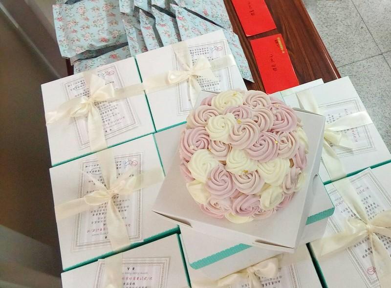 mother's cake 2.jpg