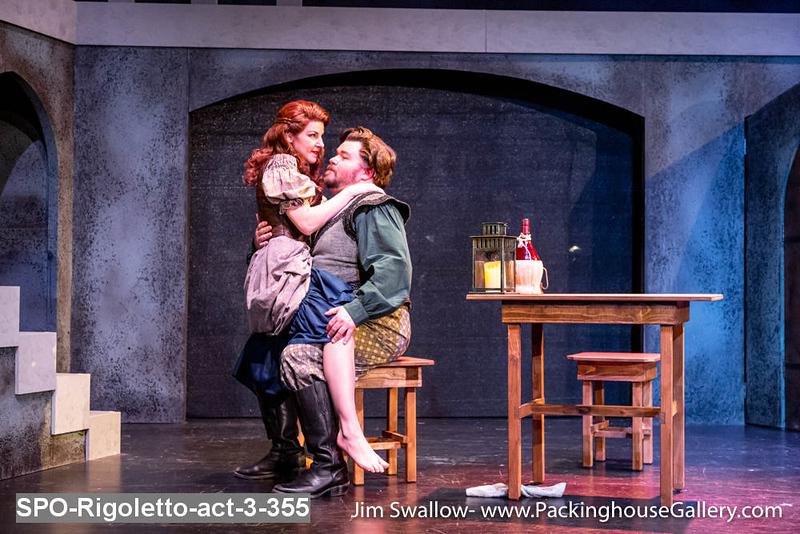 SPO-Rigoletto-act-3-355.jpg