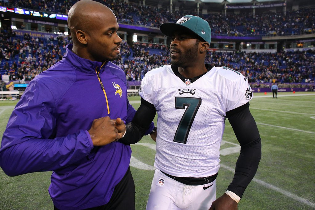 """. <p>2. (tie) ADRIAN PETERSON & MICHAEL VICK <p>The problem with floating a trial balloon is when Mike Zimmer comes along at warp speed to shoot it down. (1) <p><b><a href=\'http://www.twincities.com/sports/ci_25287219/vikings-adrian-petersons-quarterback-pick-michael-vick\' target=\""""_blank\""""> HUH?</a></b> <p>    (Adam Bettcher/Getty Images)"""