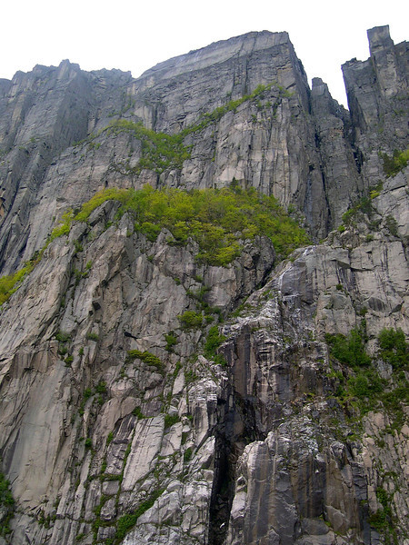 Tour on Lysefjorden - May 2003