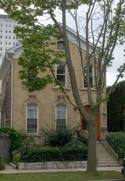 House Made with Cream City Brick, Yankee Hill, Milwaukee