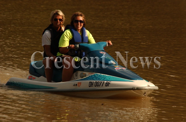 07-22-15 NEWS Jet Ski on the AuGlaize