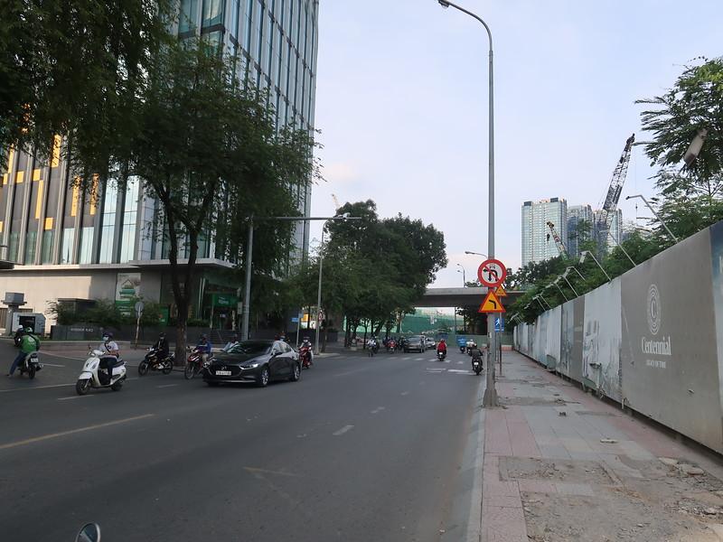 IMG_5187-ton-duc-thang-bridge-area.JPG