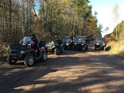 SKULLS AND ROSES GO TO ISLAND LAKE ATV 10/2017