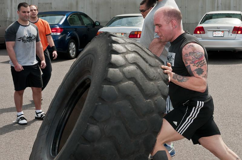 Strongman Saturday 4-14-2012_ERF4225.jpg