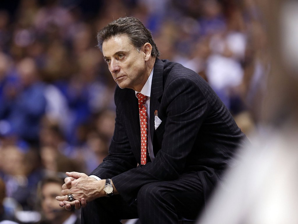""". <p>7. RICK PITINO <p>Elite Eight loss to John Calipari will only sting for, oh, about 10 years. (unranked) <p><b><a href=\'http://msn.foxsports.com/college-basketball/story/oops-moderator-confuses-john-calipari-with-rick-pitino-after-kentucky-beats-louisville-032914\' target=\""""_blank\""""> HUH?</a></b> <p>    (Charles Bertram/Lexington Herald-Leader/MCT)"""