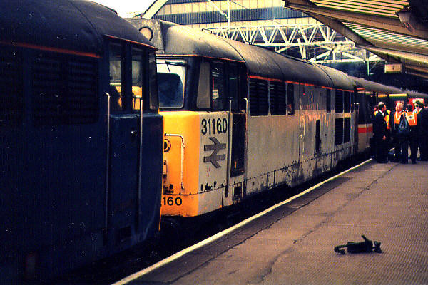31160 at Manchester Piccadilly on the 18th September 1994