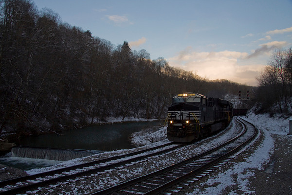 Following the Virginia, and a Sunday on the C&O (February 16-17, 2013)
