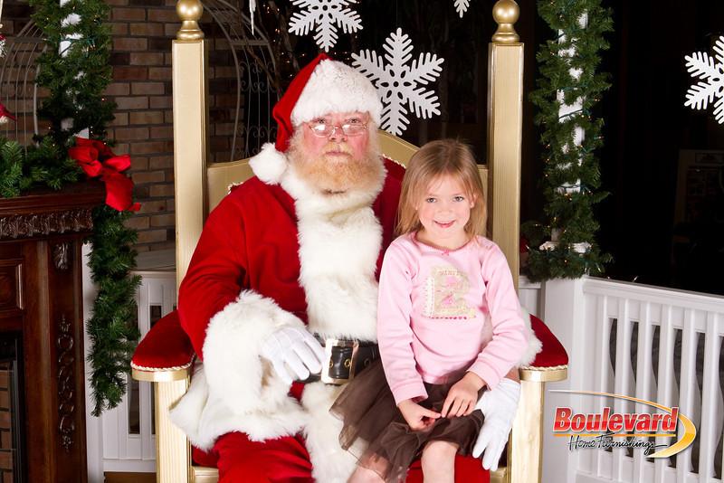 Santa Dec 8-192.jpg