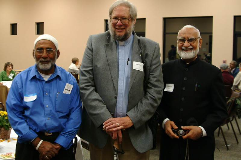 abrahamic-alliance-international-silicon-valley-2013-10-20_21-27-01-abrahamic-trilogue-community-service-ray-hiebert.jpg