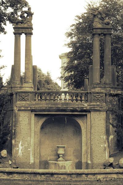 derelict fountain.jpg