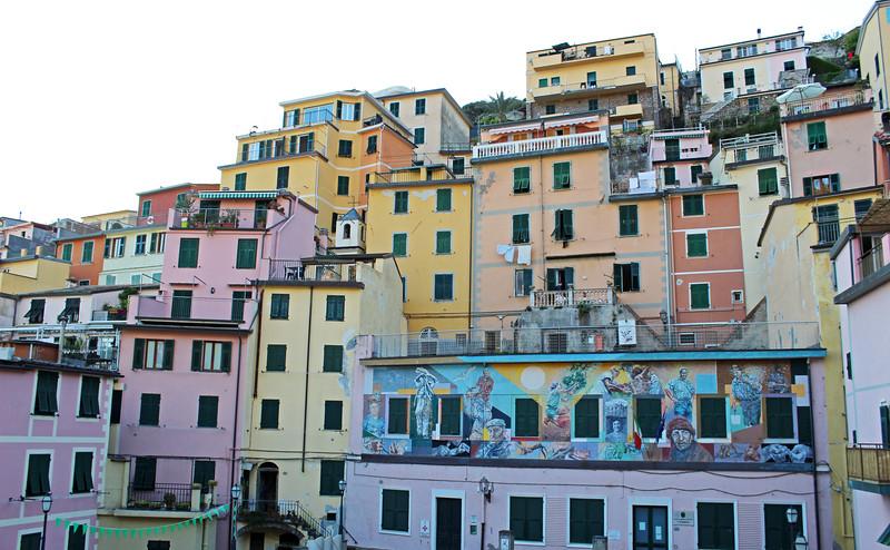 Italy-Cinque-Terre-Riomaggiore-01.JPG
