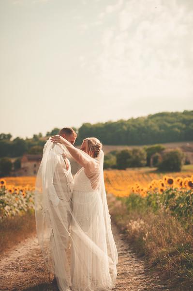 Awardweddings.fr_Amanda & Jack's French Wedding_0670.jpg