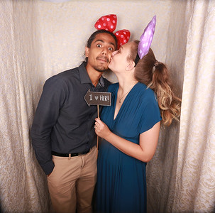 Lily & Vincent Photobooth Photos