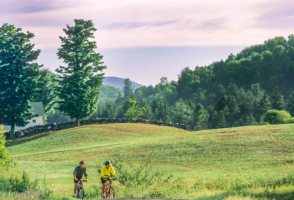 Southern Vermont - Cyclists at Calvin Coolidge Homestead