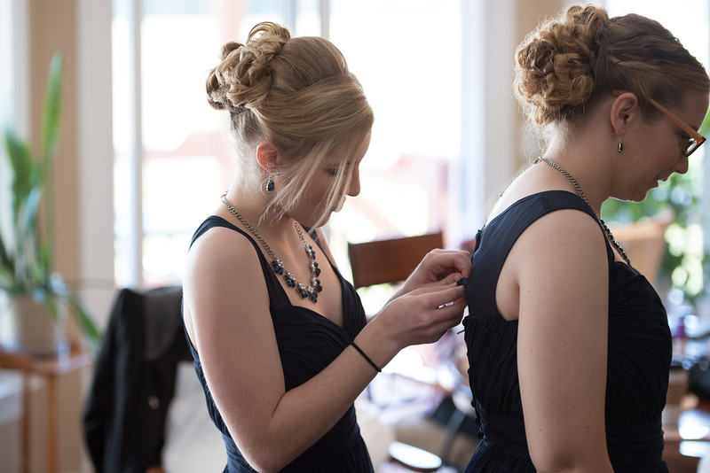 Drew and Taylor - Before the Ceremony  (21 of 216).jpg