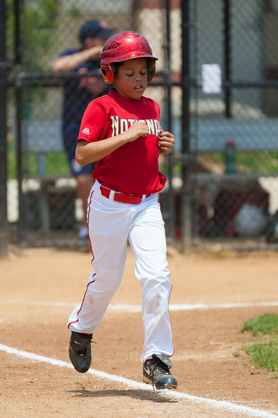 Isaiah earns a walk to load the bases in the top of the 2nd inning. The bats of the Nationals were supported by a great defensive outing in a 11-4 win over the Twins. They are now 7-3 for the season. 2012 Arlington Little League Baseball, Majors Division. Nationals vs Twins (13 May 2012) (Image taken by Patrick R. Kane on 13 May 2012 with Canon EOS-1D Mark III at ISO 400, f4.0, 1/3200 sec and 265mm)