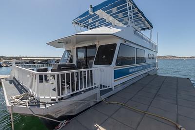 Houseboat 374