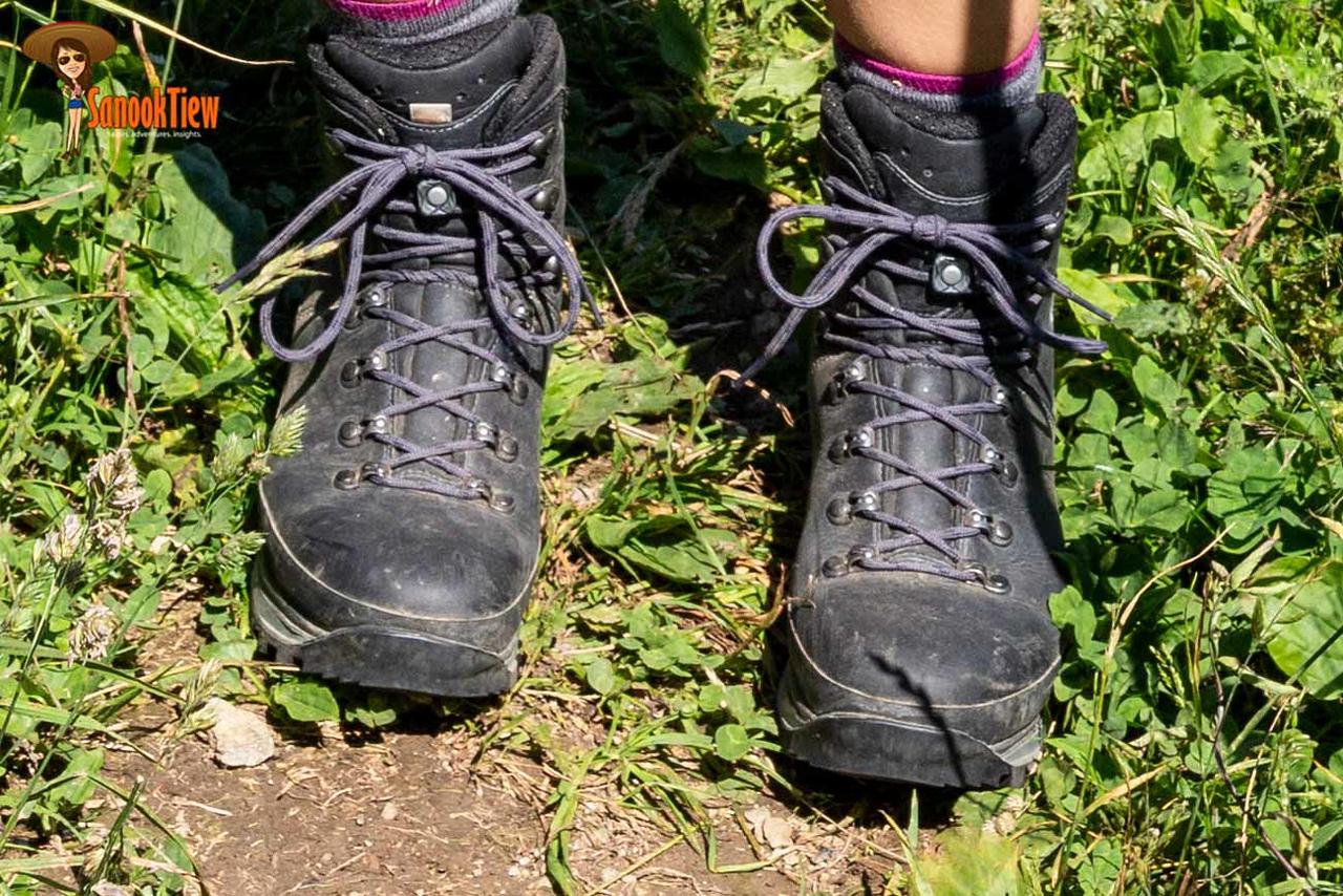 How to ผูกเชือกรองเท้าเดินป่า ที่ถูกวิธี ให้แน่น ผูกเชือกรองเท้ายังไงไม่ให้หลุดบ่อยๆ