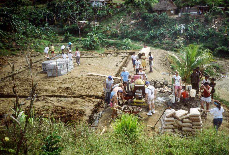 1989 Roatan Honduras Mission Trip-0072.jpg