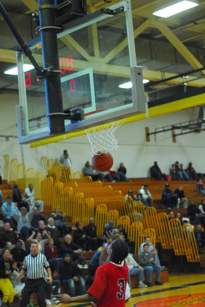 20090301_MCC Basketball_5721.JPG