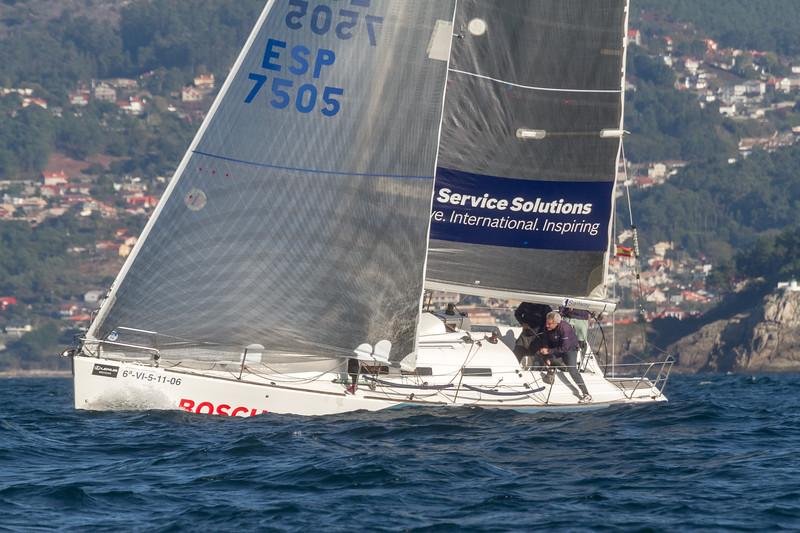 coa ESP 7505 Service Solutions Ye. International. Inspiring Sailway con 6-VI-5-11-06 Rosa