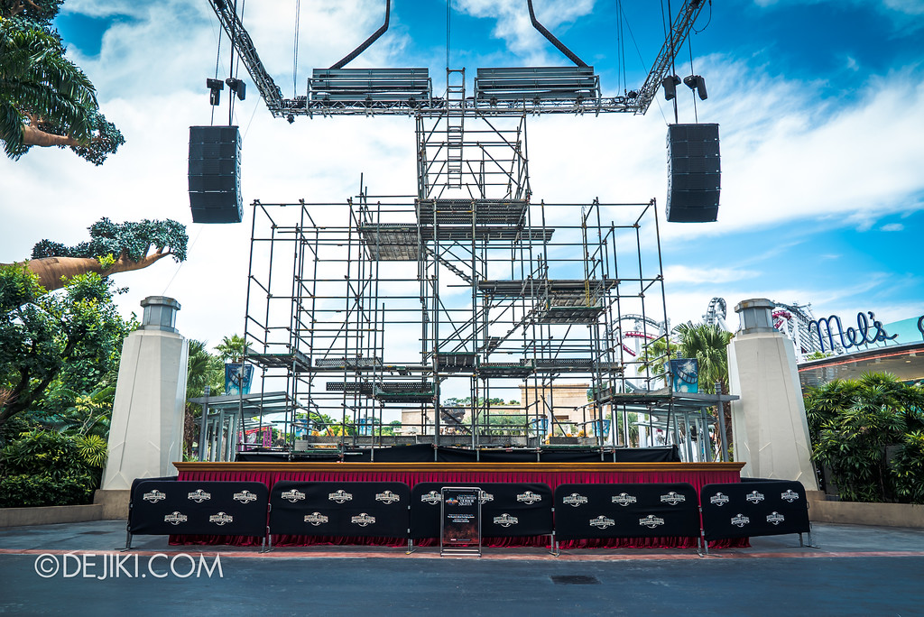 Halloween Horror Nights 7 Before Dark 1 / Opening Scaremony stage