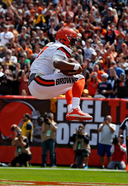 . Cleveland Browns quarterback DeShone Kizer celebrates after a 1-yard touchdown during the first half of an NFL football game against the Pittsburgh Steelers, Sunday, Sept. 10, 2017, in Cleveland. (AP Photo/Ron Schwane)