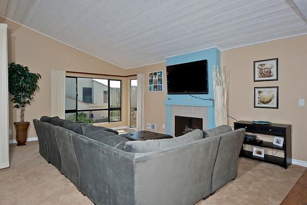 527 South Sierra Avenue, Unit #181, Solana Beach, CA 92075