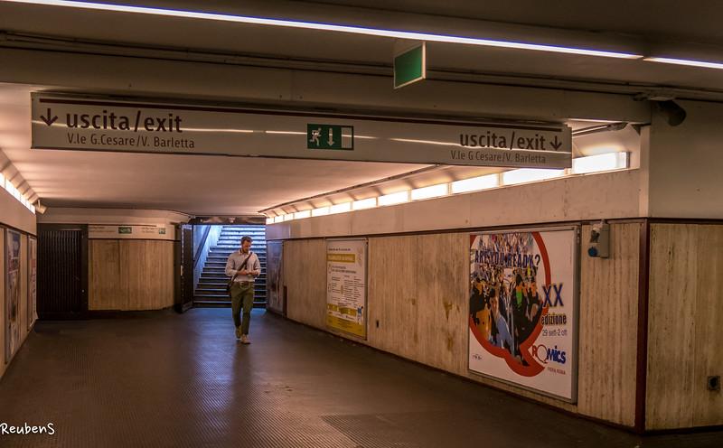 Underground, Rome.jpg