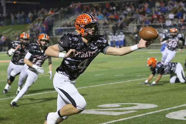 11a Football:  Bishop Ready at Wheelersburg 2017 FIRST Quarter