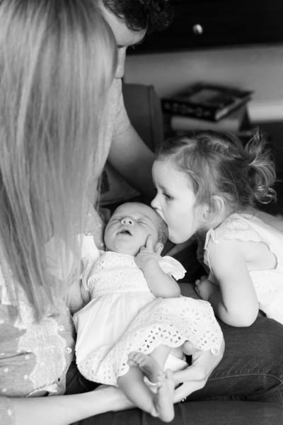 2014.03.30 Whitney Kronforst Newborn Photos B-W 05.jpg