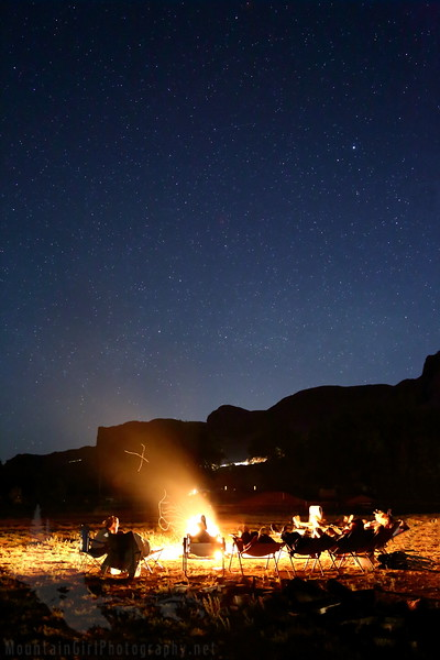 Starry Campfire in the Desert[2].JPG
