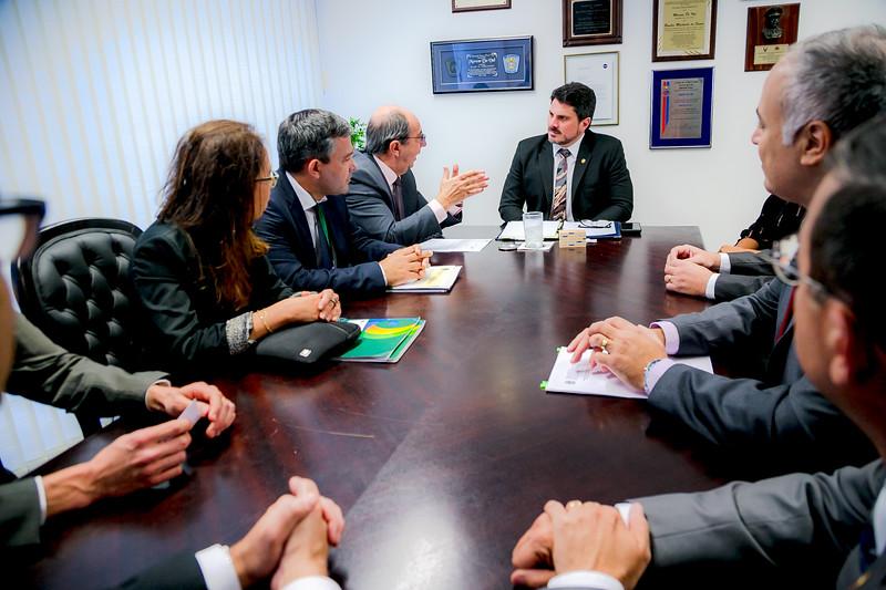 Representantes FRENTAS_Senador Marcos do Val_Foto Felipe Menezes_03.jpg