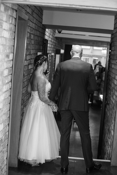 Sam_and_Louisa_wedding_great_hallingbury_manor_hotel_ben_savell_photography-0197.jpg