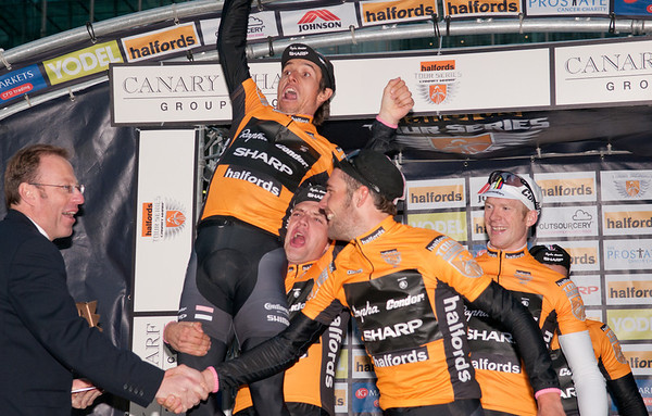 HALFORDS TOUR SERIES CANARY WHARF