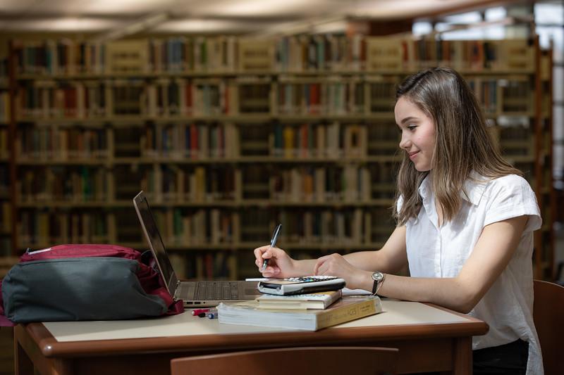 Viktoria Studying Finals-4947.jpg