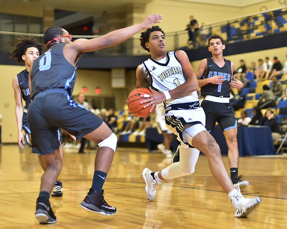 Basketball vs. South Plaquemines (pics by Pat Garin) 1/17/2020