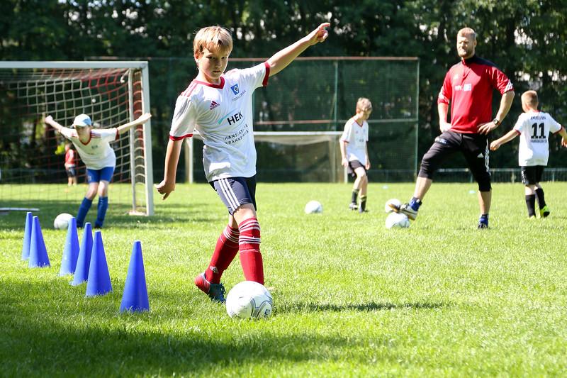hsv_fussballschule-315_48047953676_o.jpg