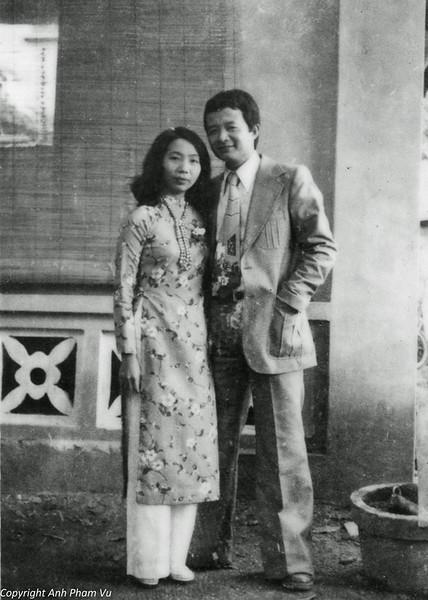 Wedding Parents 1979 09.jpg