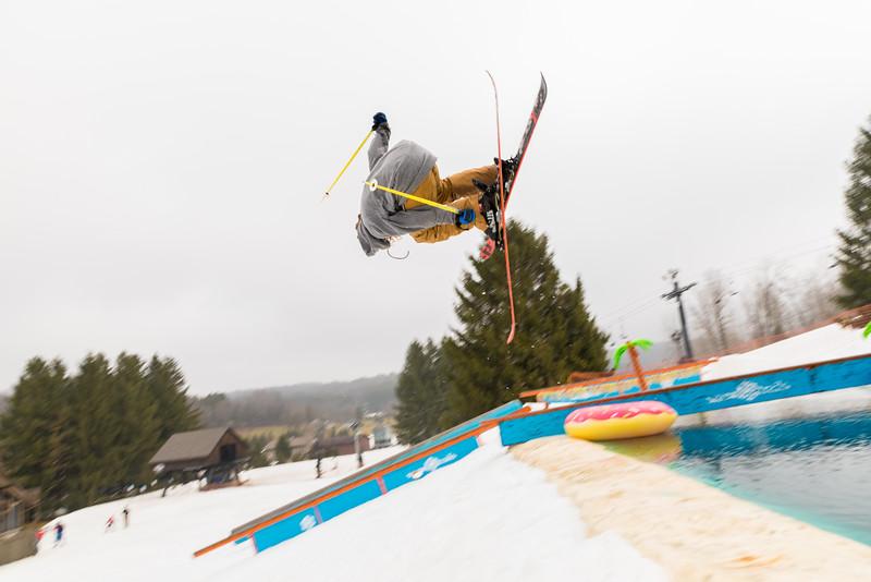 Pool-Party-Jam-2015_Snow-Trails-713.jpg