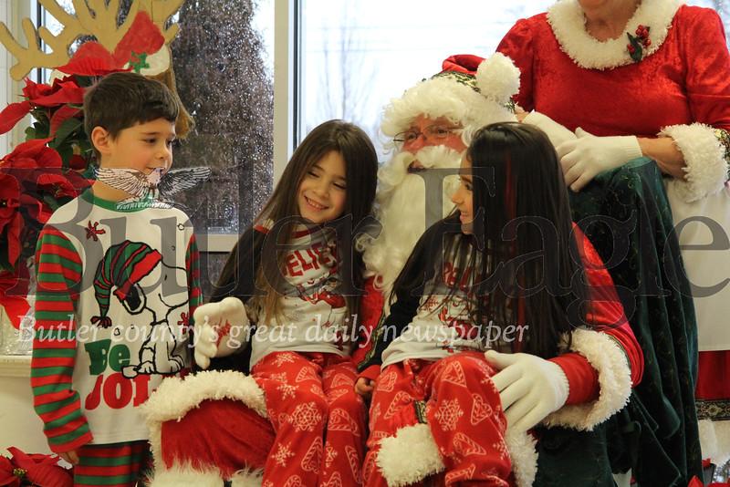 1216_LOC_Mars Santa 3.JPG