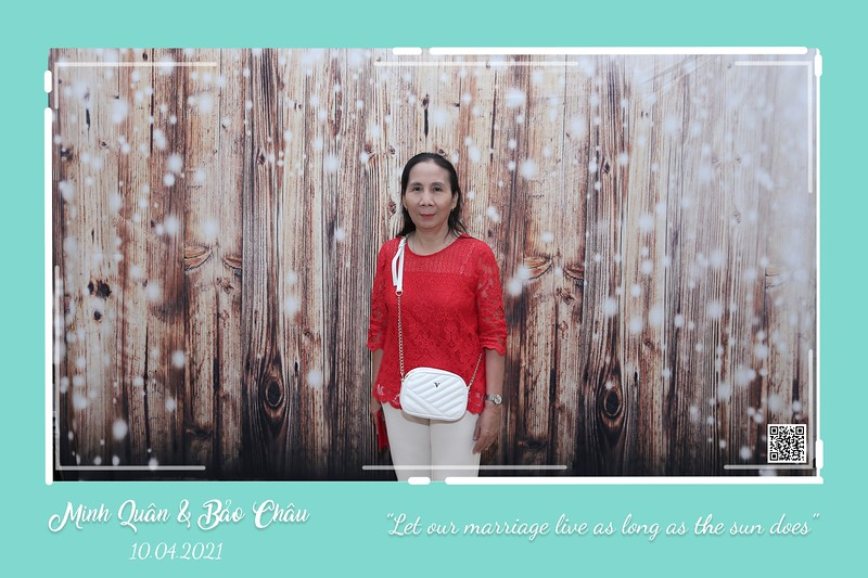 QC-wedding-instant-print-photobooth-Chup-hinh-lay-lien-in-anh-lay-ngay-Tiec-cuoi-WefieBox-Photobooth-Vietnam-cho-thue-photo-booth-063.jpg
