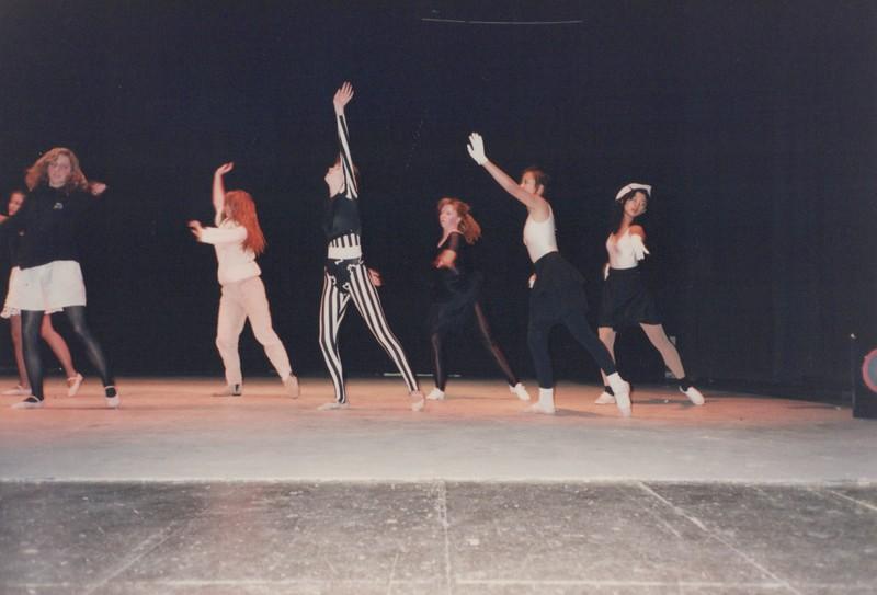 Dance_2165.jpg